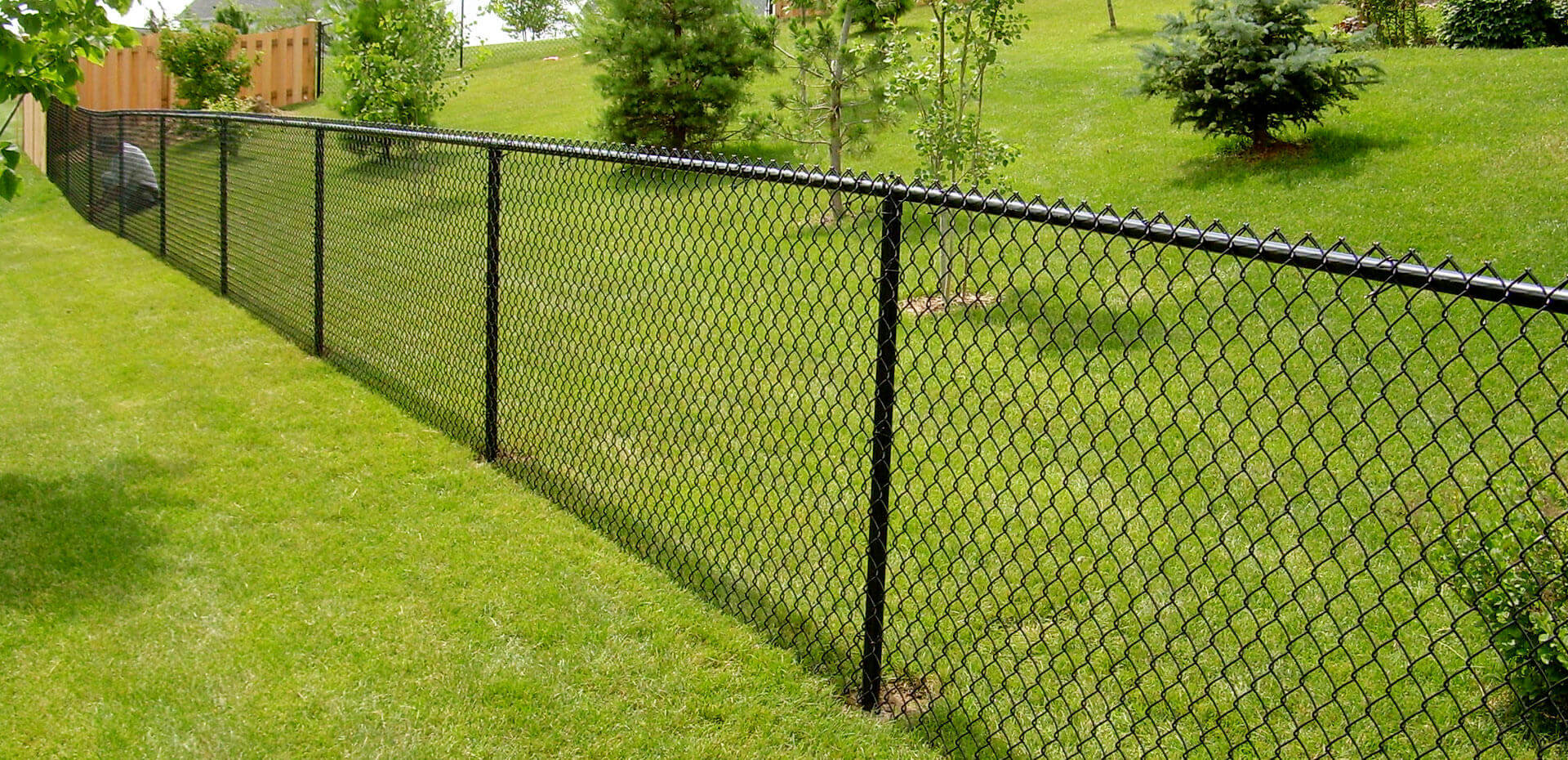 Patio railings wood baby proofing wood deck guard railing for Chain link fence planner