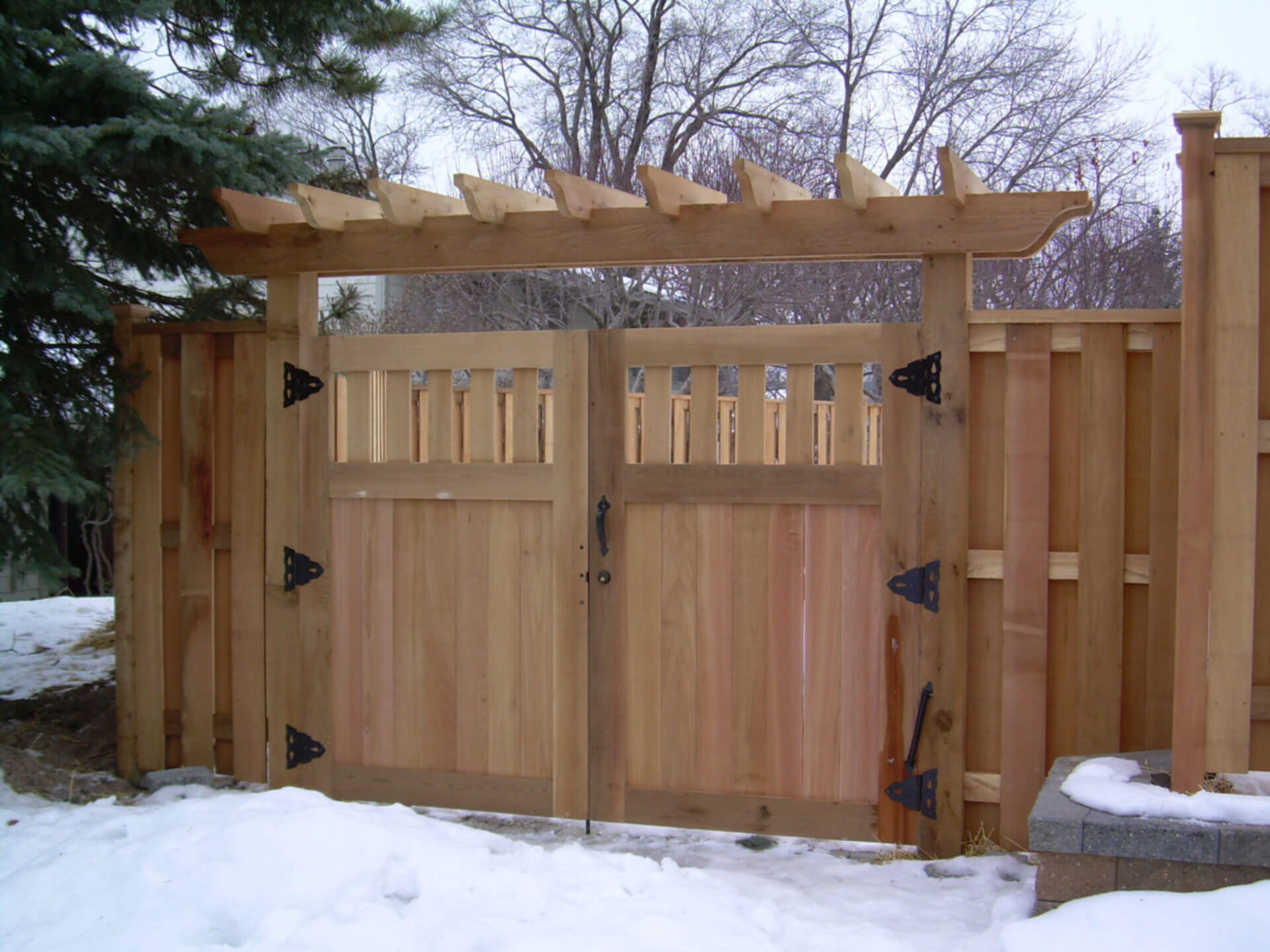 Double Drive Gate With Trellis Dakotaunlimited