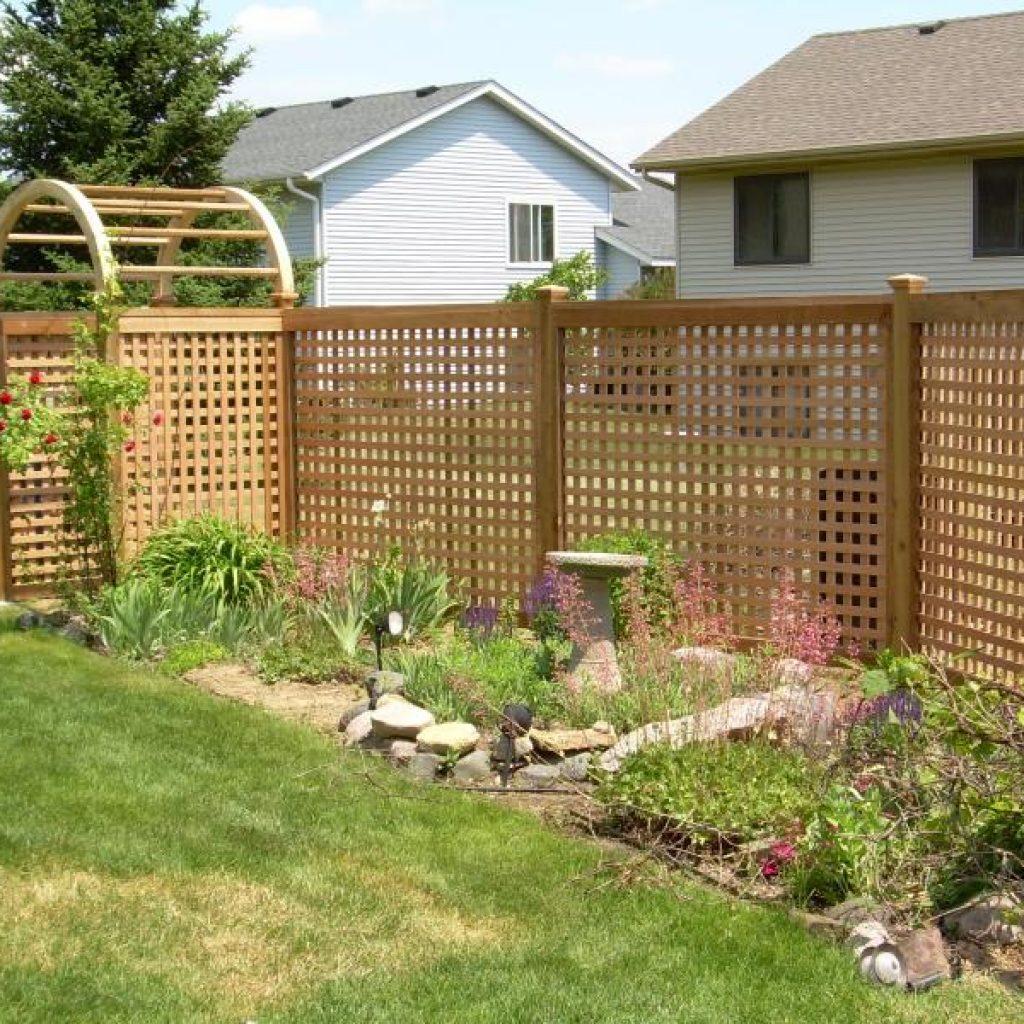 Lattice Fences In St Paul Lakeville Woodbury Twin