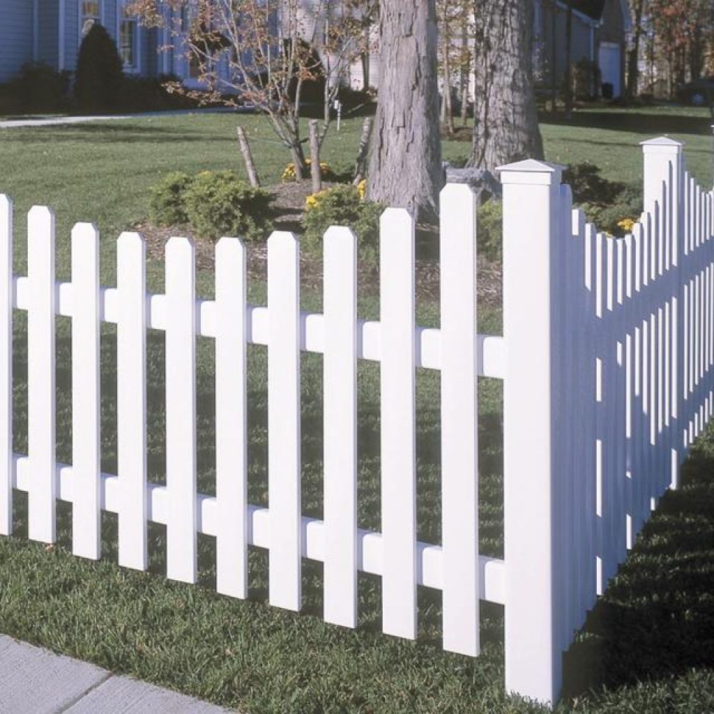 White Cape Cod Vinyl Picket Fence in